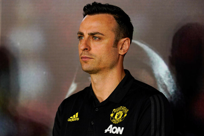 Dimitar Berbatov warns Man Utd against Real Madrid transfer after re-emergence of 'focused' Eric Bailly