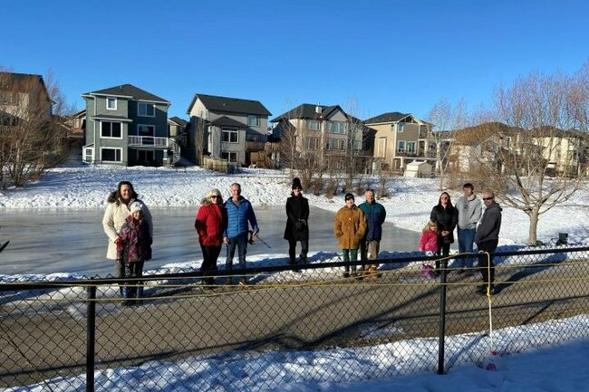 Chestermere residents angry over canal ice rinks being declared off limits