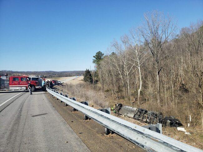 Person killed in I 59 crash Thursday