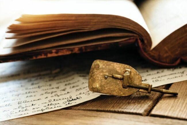 Neutrons unlock the secrets of Antonie van Leeuwenhoek's microscopes