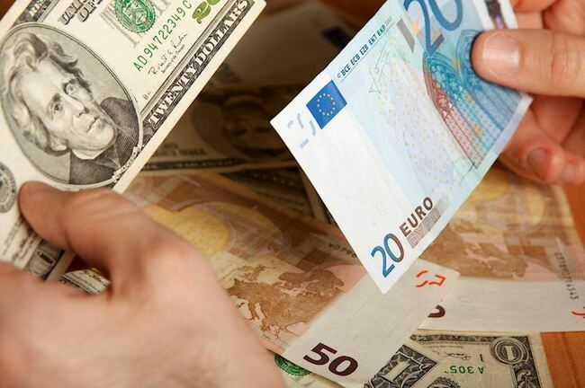 EUR/USD stays on the front foot around mid-1.2100s amid mildly bid S&P 500 Futures
