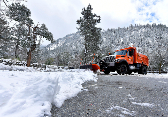 Hiker injured in avalanche on Mt. Baldy is rescued