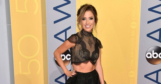 Kaitlyn Bristowe Is 'So Sick' of Trolls Commenting on Her 'Different' Look