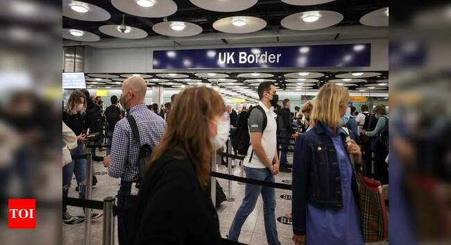 Heathrow to fast-track vaccinated passengers