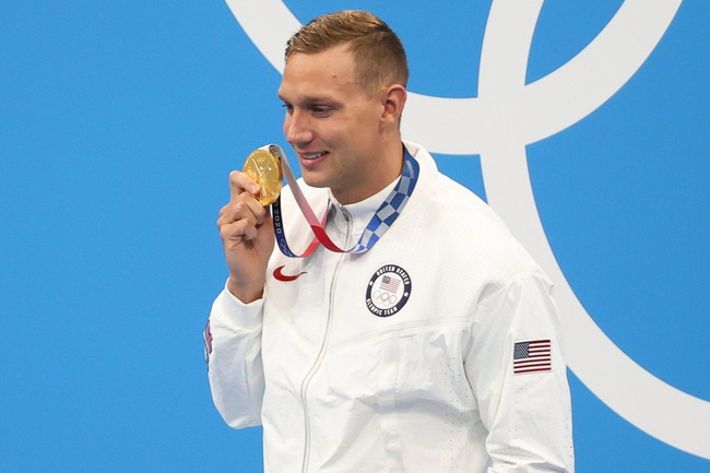 New US swim star Dressel dubbed the next Phelps doesn't keep Olympic medals because he doesn't need 'a piece of metal'