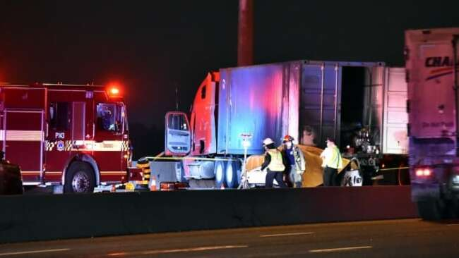 Fatal crash closes stretch of Highway 401 eastbound express lanes in Toronto
