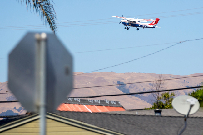 Can unleaded fuel save San Jose's Reid-Hillview Airport from a hastened closure?