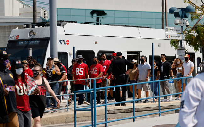 'A wonderful thing': 49ers fans welcome long-anticipated return of VTA light rail