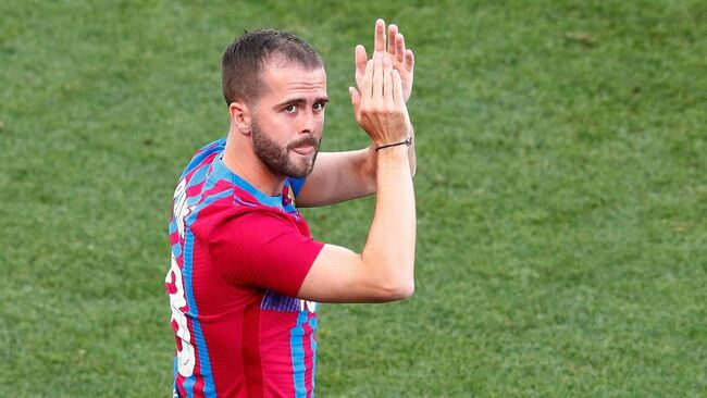 Transfer Talk: Pjanic willing to take pay cut to return to Juventus and end Barcelona nightmare