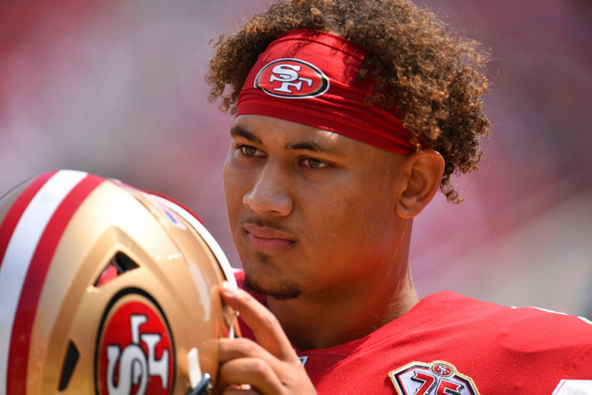 49ers' Trey Lance sidelined after chipping bone in finger on Raiders' helmet