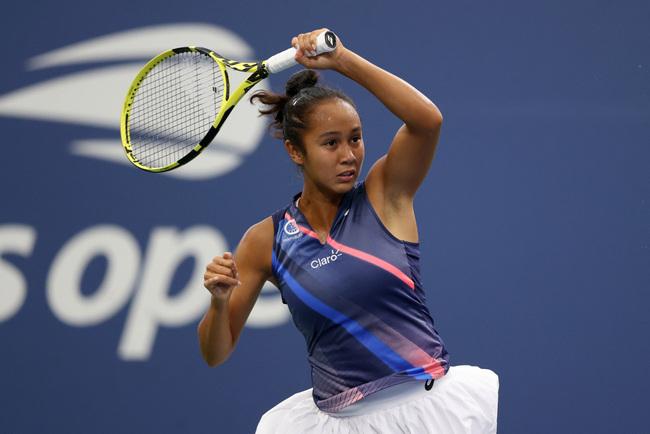 Leylah Fernandez beats Angelique Kerber at US Open to follow Naomi Osaka upset
