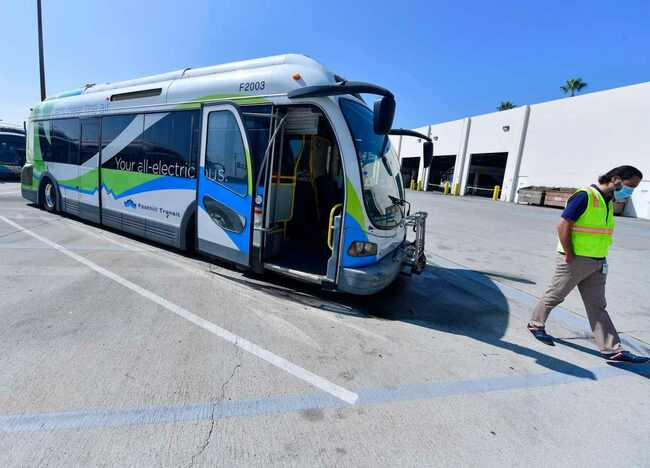 Mechanical problems with early electric buses plague multiple transit agencies