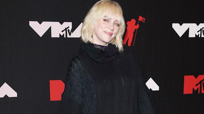 Billie Eilish Rocks Stylish Black Sweater Dress & Boots At 2021 MTV VMAs — Pics