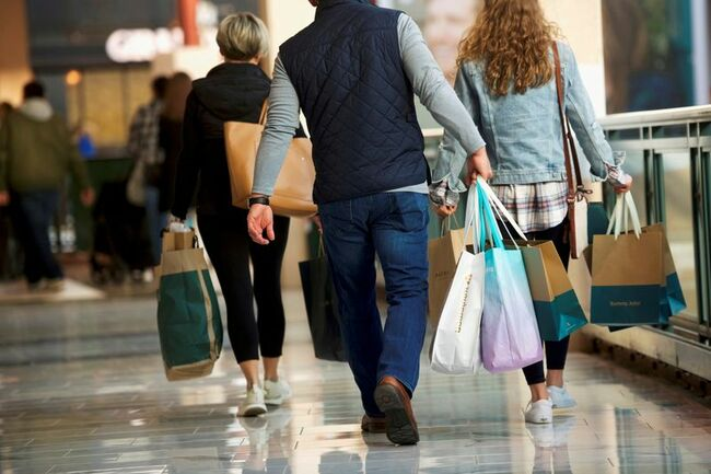 U.S. consumers' inflation expectations highest in 8 years, NY Fed says