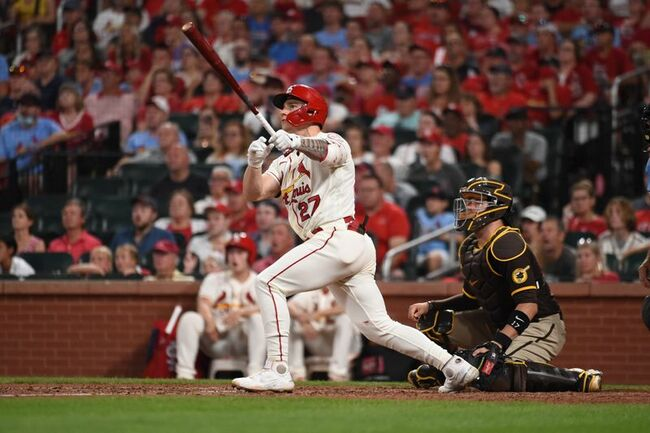 MLB roundup: Cardinals rally past Padres, widen wild-card lead