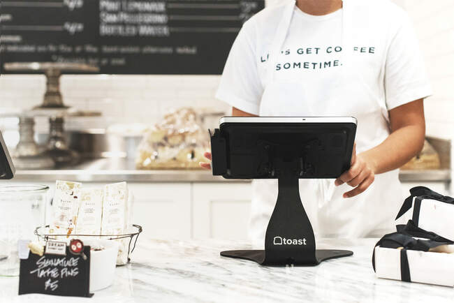 Toast sells shares in IPO at $40, topping range and valuing restaurant-tech company at $20 billion