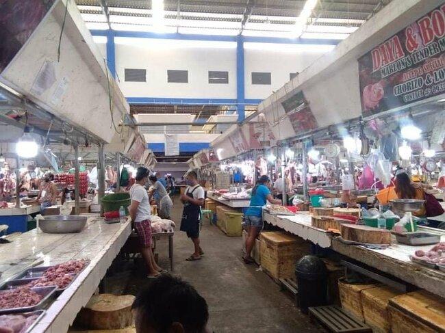 Mandaue City to inoculate market vendors on Sept. 23