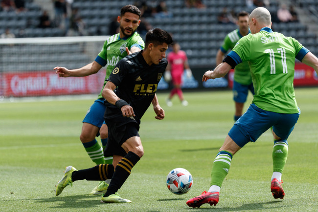 Seattle Sounders, LAFC battle to a 1-1 draw