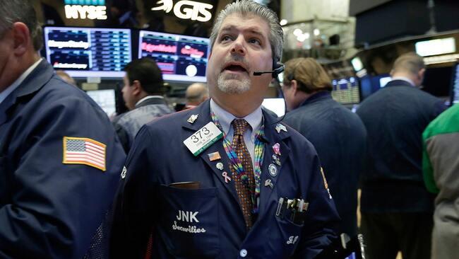 US stocks trending lower as first-quarter earnings for oil companies on deck