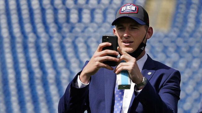 Patriots add Oklahoma RB Rhamondre Stevenson in draft