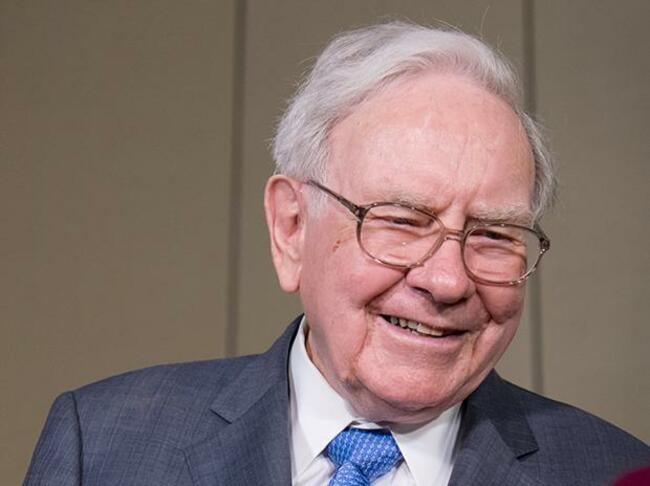 Buffett says decision to sell some Apple stock 'was probably a mistake'