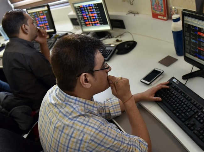 MARKET LIVE: SGX Nifty indicates a flat-to-negative start for indices