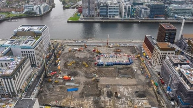 Refuse Johnny Ronan---s docklands apartment scheme, say council planners