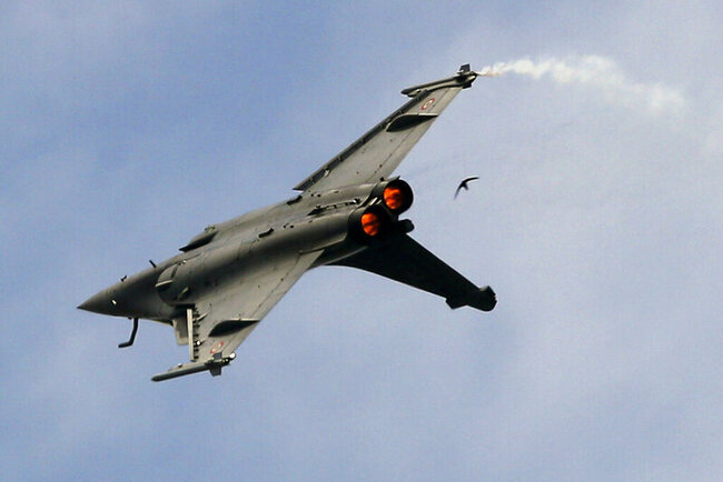 Rights critics condemn French sale to Egypt of 30 more jets