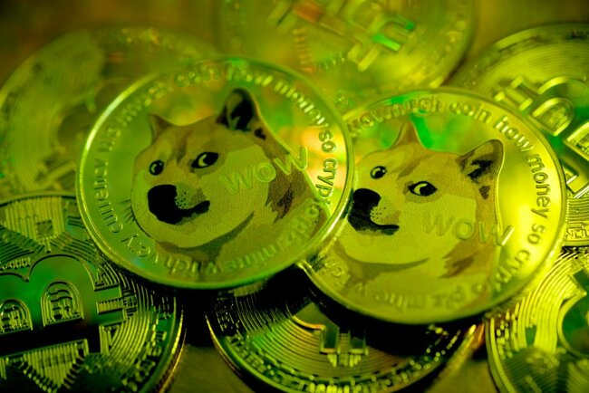 Should I buy Dogecoin ahead of Elon Musk's potential clash with 'SNL' actors?