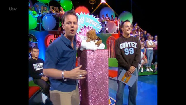 Dec Donnelly is still angry about non-rhyming answers on Wonky Donkey