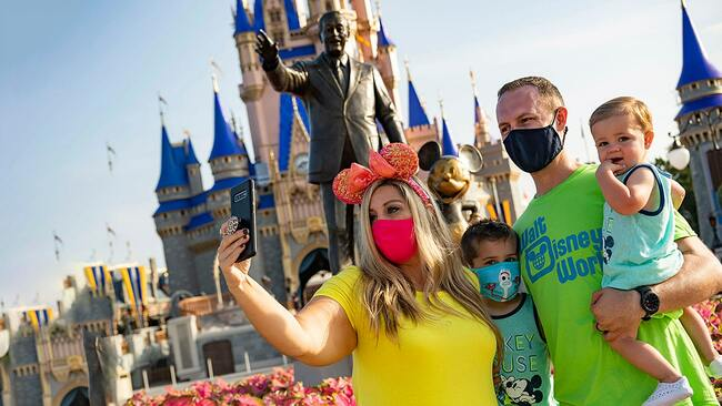 Disney World, Universal ending temperature checks for guests